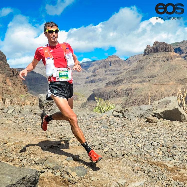 Pablo Villalobos y gafas EOS trail running